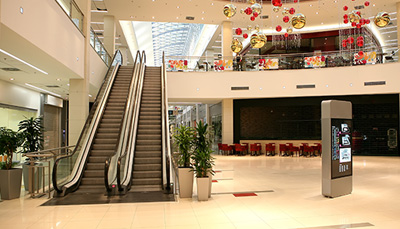 Malls and Food Courts Cleaning